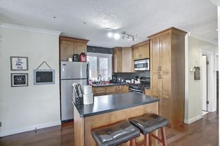 Photo 10: 4328 70 Street NW in Calgary: Bowness Detached for sale : MLS®# A1093003