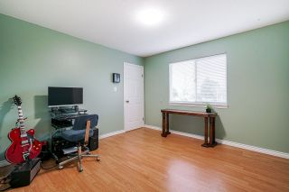 """Photo 23: 5749 189A Street in Surrey: Cloverdale BC House for sale in """"FAIRWAY ESTATES"""" (Cloverdale)  : MLS®# R2545304"""