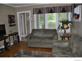 Photo 3: 34 Sunset Boulevard in WINNIPEG: St Vital Residential for sale (South East Winnipeg)  : MLS®# 1510075