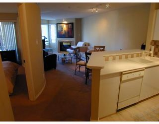 """Photo 4: 207 1208 BIDWELL Street in Vancouver: West End VW Condo for sale in """"The Baybreeze"""" (Vancouver West)  : MLS®# V789577"""