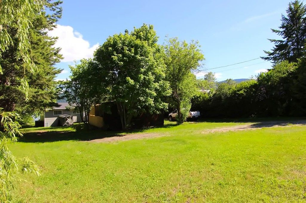 Photo 39: Photos: 1475 Little Shuswap Lake Road in Chase: Little Shuswap Lake House for sale : MLS®# 10205518