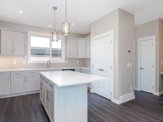 Photo 5: 32 SKYVIEW Parade NE in Calgary: Skyview Ranch Row/Townhouse for sale : MLS®# C4289138