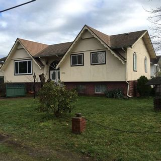 Photo 2: 1454 MAPLE STREET: White Rock House for sale (South Surrey White Rock)  : MLS®# R2034690