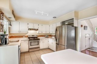 Photo 5: 2311 CLARKE Drive in Abbotsford: Central Abbotsford House for sale : MLS®# R2620003