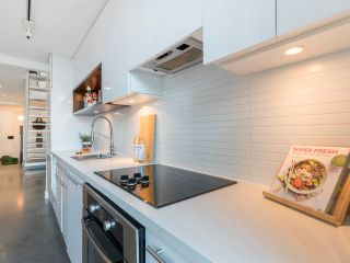 """Photo 18: 274 E 2ND Avenue in Vancouver: Mount Pleasant VE Townhouse for sale in """"JACOBSEN"""" (Vancouver East)  : MLS®# R2572730"""