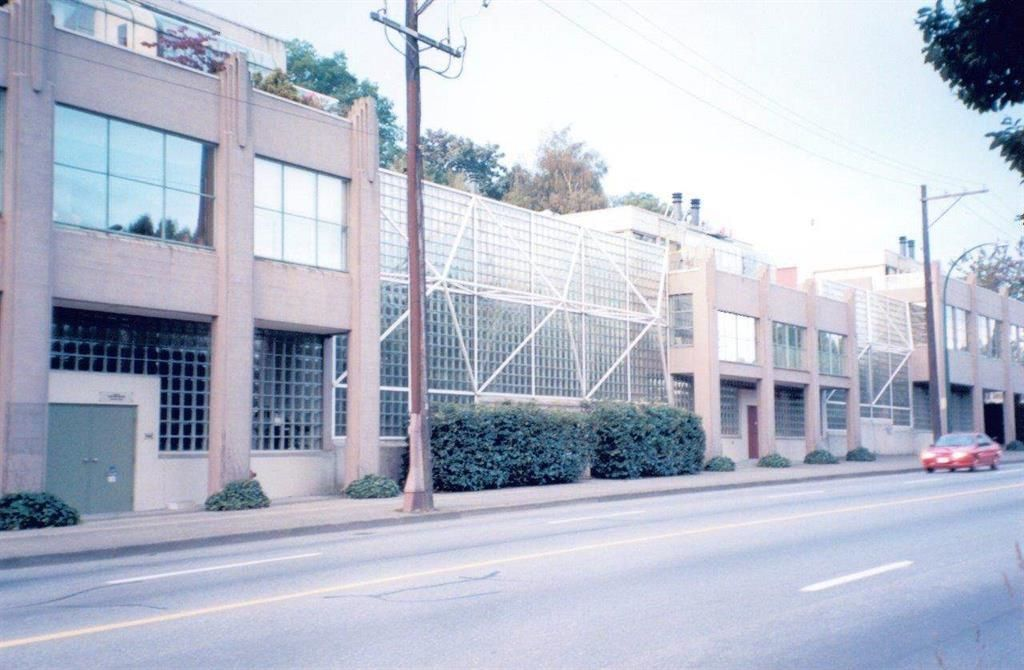 """Main Photo: 1030 W 6TH Avenue in Vancouver: Fairview VW Office for sale in """"Sixth Estate"""" (Vancouver West)  : MLS®# C8040056"""