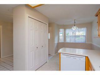 """Photo 10: 60 8889 212 Street in Langley: Walnut Grove Townhouse for sale in """"GARDEN TERRACE"""" : MLS®# R2213745"""