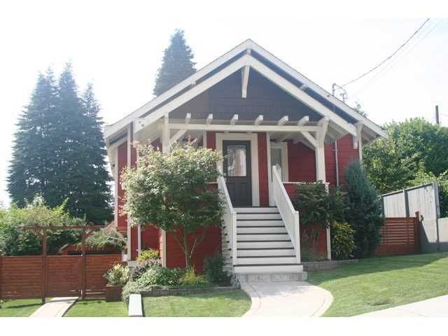 Main Photo: 336 CEDAR Street in New Westminster: Sapperton House for sale : MLS®# V965627
