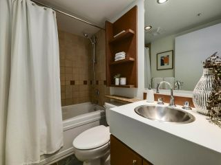 """Photo 15: 902 1495 RICHARDS Street in Vancouver: Yaletown Condo for sale in """"AZURA II"""" (Vancouver West)  : MLS®# R2570710"""