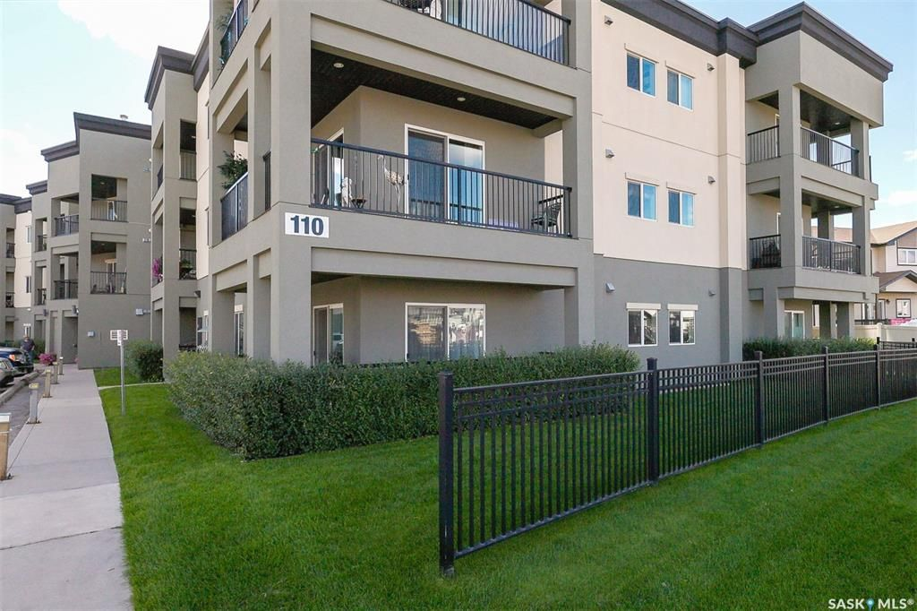 Main Photo: 101 110 Hampton Circle in Saskatoon: Hampton Village Residential for sale : MLS®# SK870724