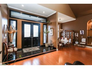 Photo 2: 15945 89A Avenue in Surrey: Fleetwood Tynehead House for sale : MLS®# R2016465
