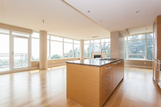 "Photo 1: 502 1473 JOHNSTON Road: White Rock Condo for sale in ""Miramar Tower B"" (South Surrey White Rock)  : MLS®# R2193072"