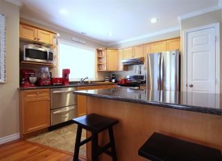 "Photo 11: 10 7475 GARNET Drive in Sardis: Sardis West Vedder Rd Townhouse for sale in ""SILVER CREEK ESTATES"" : MLS®# R2440737"