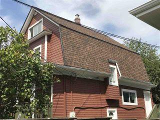 "Photo 2: 2838 - 2840 FRASER Street in Vancouver: Mount Pleasant VE House for sale in ""MT PLEASANT"" (Vancouver East)  : MLS®# R2487518"