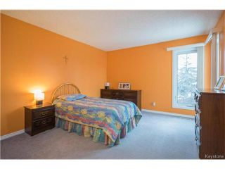 Photo 10: 147 Alburg Drive in Winnipeg: River Park South Residential for sale (2F)  : MLS®# 1703172