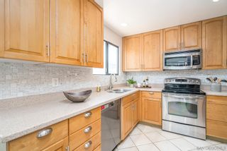 Photo 10: CLAIREMONT House for sale : 4 bedrooms : 3633 Morlan St in San Diego