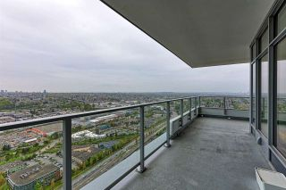 """Photo 19: 4206 1888 GILMORE Avenue in Burnaby: Brentwood Park Condo for sale in """"TRIOMPHE RESIDENCES"""" (Burnaby North)  : MLS®# R2574074"""