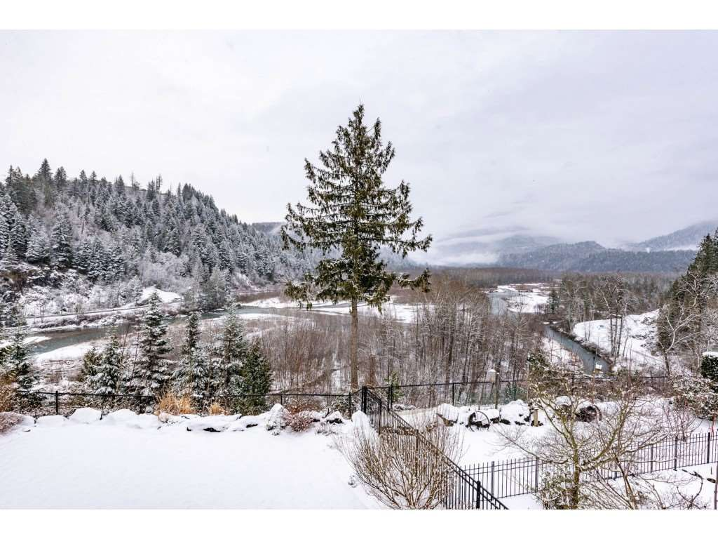 """Photo 20: Photos: 115 45473 ARIEL Place: Cultus Lake House for sale in """"Riverstone Heights"""" : MLS®# R2539139"""