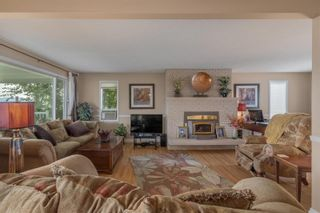 Photo 3: 800 Montigny Road, in West Kelowna: House for sale : MLS®# 10239470