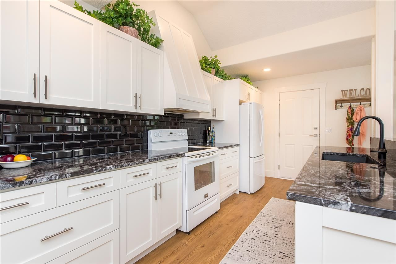 """Photo 7: Photos: 62 4001 OLD CLAYBURN Road in Abbotsford: Abbotsford East Townhouse for sale in """"CEDAR SPRINGS"""" : MLS®# R2513100"""