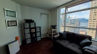 """Photo 6: 1906 438 SEYMOUR Street in Vancouver: Downtown VW Condo for sale in """"CONFERENCE PLAZA"""" (Vancouver West)  : MLS®# R2534044"""