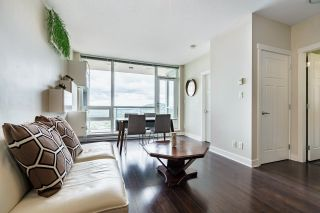 """Photo 8: 2508 2968 GLEN Drive in Coquitlam: North Coquitlam Condo for sale in """"GRAND CENTRAL II"""" : MLS®# R2603634"""