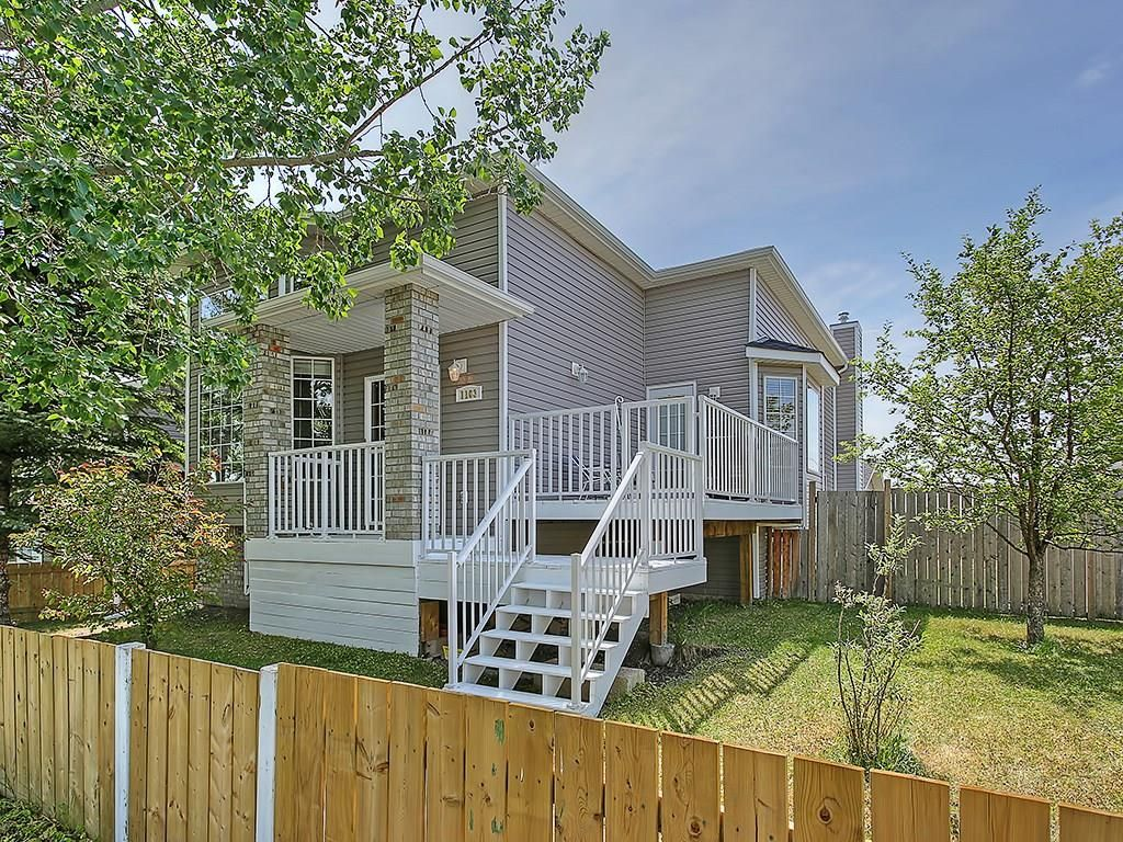 Main Photo: 1103 THORBURN Drive SE: Airdrie House for sale