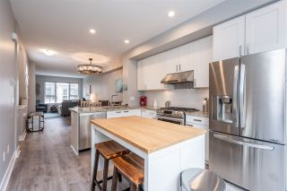 """Photo 8: 229 2501 161A Street in Surrey: Grandview Surrey Townhouse for sale in """"HIGHLAND PARK"""" (South Surrey White Rock)  : MLS®# R2509510"""