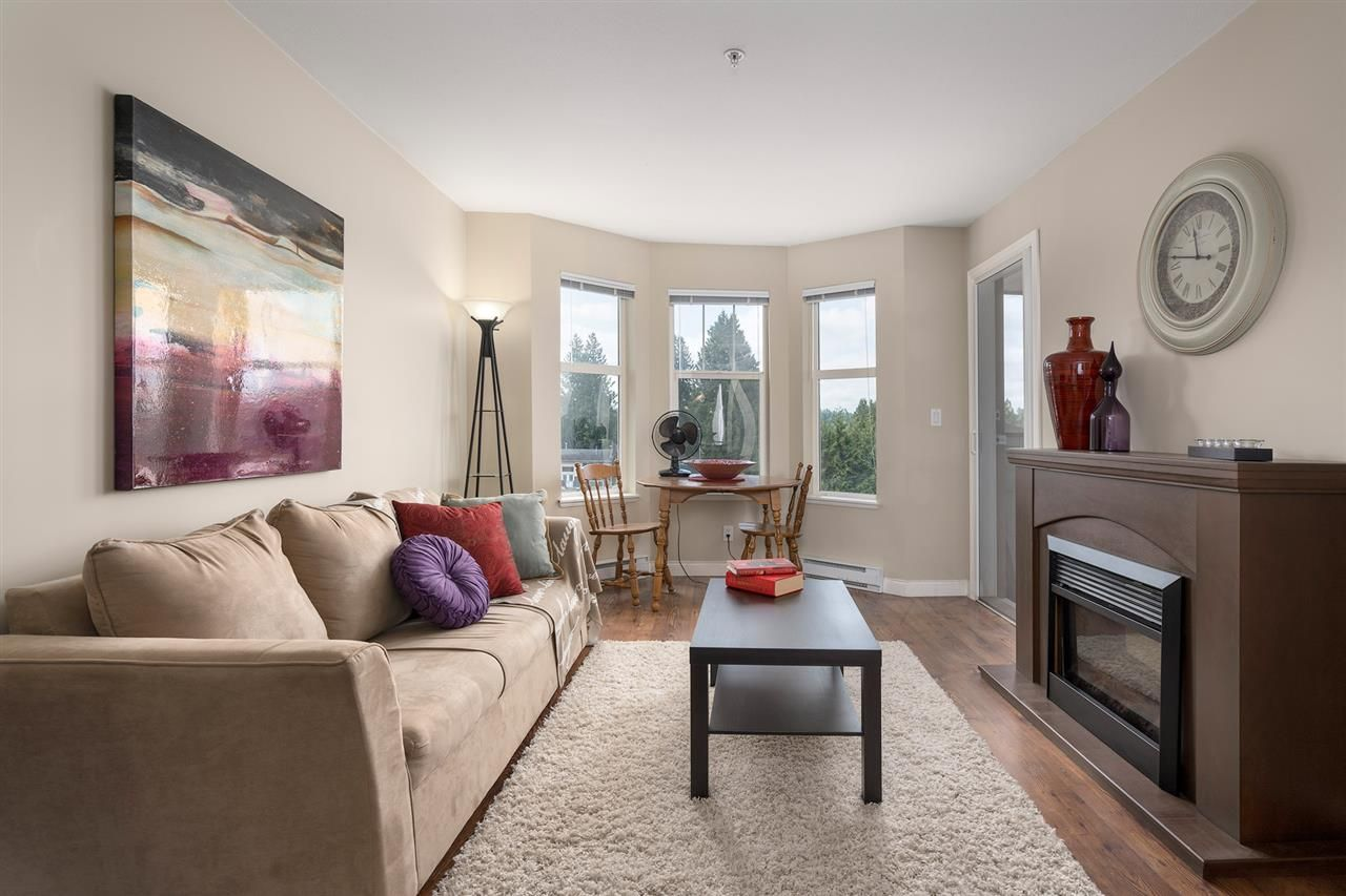 """Photo 2: Photos: 312 5438 198 Street in Langley: Langley City Condo for sale in """"CREEKSIDE ESTATES"""" : MLS®# R2394421"""