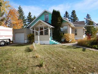 Photo 2: 200 Orton Street in Cut Knife: Residential for sale : MLS®# SK872267