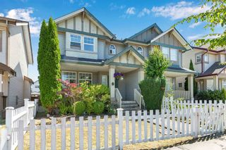 Photo 2: 6722 184 Street in Surrey: Cloverdale BC 1/2 Duplex for sale (Cloverdale)  : MLS®# R2603253