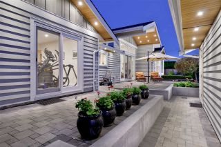 """Photo 8: 1291 PINEWOOD Crescent in North Vancouver: Norgate House for sale in """"Norgate"""" : MLS®# R2516776"""