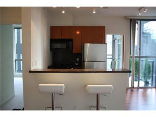 Photo 3: # 303 928 RICHARDS ST in Vancouver: Downtown VW Condo for sale (Vancouver West)  : MLS®# V857331