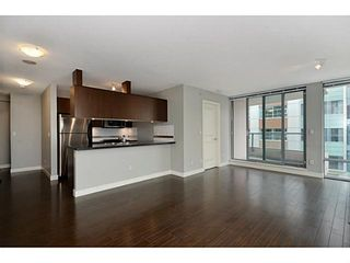 """Photo 4: 705 587 W 7TH Avenue in Vancouver: Fairview VW Condo for sale in """"AFFINITI"""" (Vancouver West)  : MLS®# V999925"""