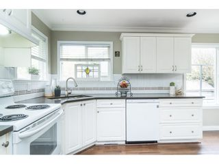 """Photo 6: 5152 223A Street in Langley: Murrayville House for sale in """"Hillcrest"""" : MLS®# R2453647"""