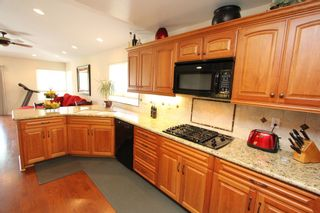 Photo 8: RANCHO BERNARDO House for sale : 4 bedrooms : 18336 LINCOLNSHIRE  Street in San Diego