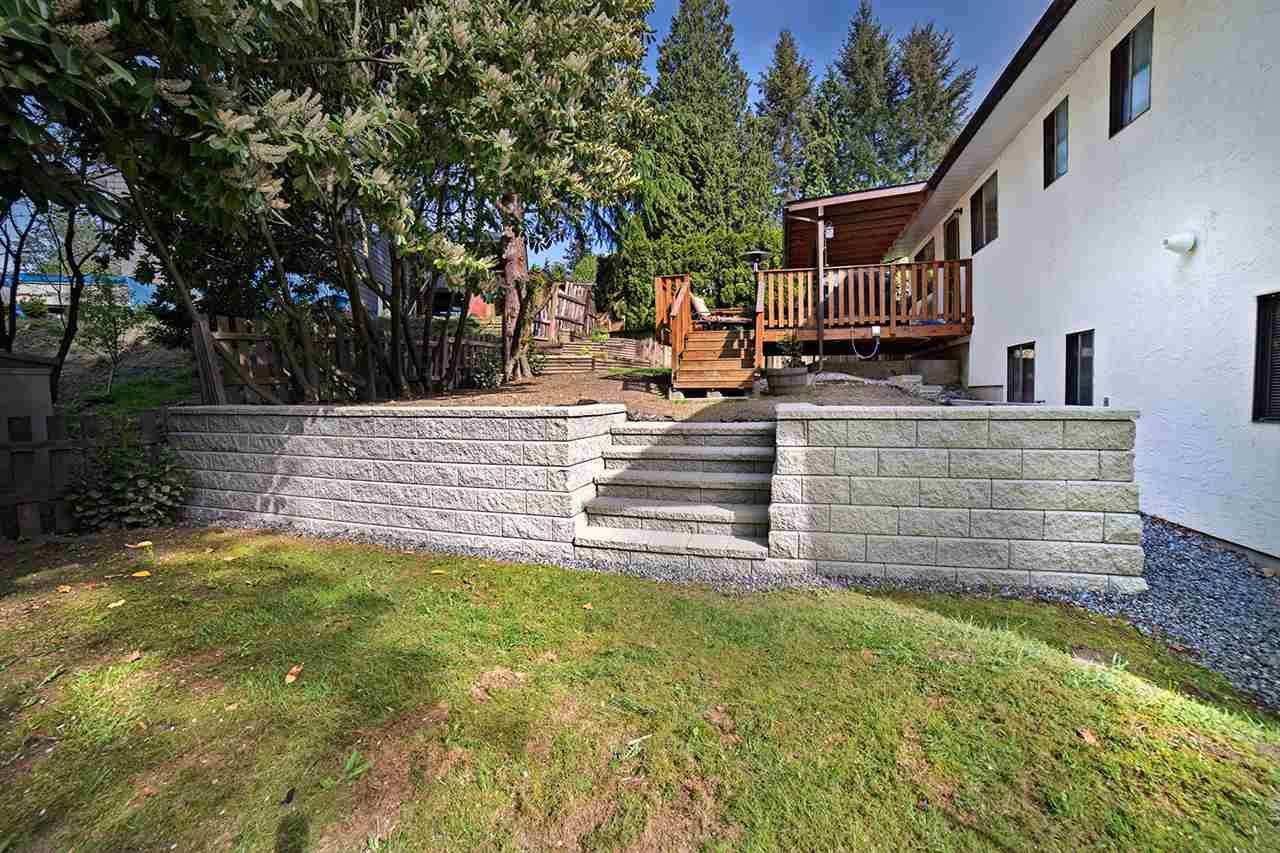 Photo 17: Photos: 8045 CARIBOU STREET in Mission: Mission BC House for sale : MLS®# R2059523
