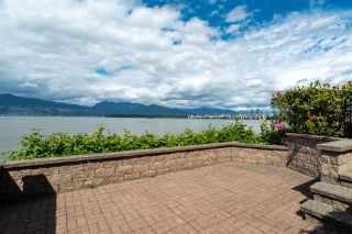 "Photo 18: 3175 POINT GREY Road in Vancouver: Kitsilano 1/2 Duplex for sale in ""THE GOLDEN MILE - POINT GREY ROAD"" (Vancouver West)  : MLS®# R2458598"