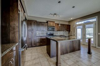 Photo 4: 26 BRIGHTONWOODS Bay SE in Calgary: New Brighton Detached for sale : MLS®# A1110362