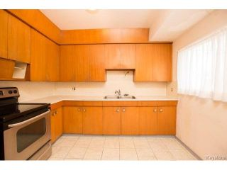 Photo 12: 240 Wallasey Street in Winnipeg: Silver Heights Residential for sale (5F)  : MLS®# 1705932