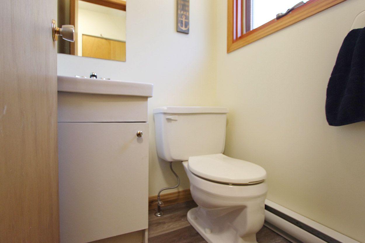 Photo 39: Photos: 18 6102 Davis Road: Magna Bay House for sale (North Shuswap)  : MLS®# 10202825