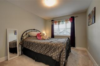 Photo 7: 1215 Bombardier Cres in Langford: La Westhills House for sale : MLS®# 817906