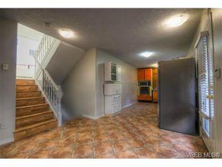 Photo 9: 1 831 Craigflower Rd in VICTORIA: Es Kinsmen Park Row/Townhouse for sale (Esquimalt)  : MLS®# 658952