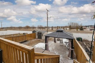 Photo 2: 135 Guenther Crescent in Warman: Residential for sale : MLS®# SK846978