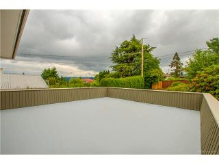 Photo 14: 6180 LAKEVIEW AVENUE in Burnaby: Upper Deer Lake House for sale (Burnaby South)  : MLS®# V1143097
