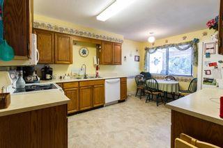 Photo 11: 20892 DEWDNEY TRUNK Road in Maple Ridge: Southwest Maple Ridge 1/2 Duplex for sale : MLS®# R2098243