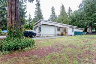 """Photo 1: 228 1830 MAMQUAM Road in Squamish: Northyards Manufactured Home for sale in """"TIMBERTOWN"""" : MLS®# R2236311"""