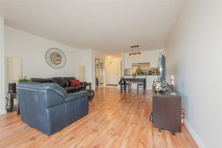 "Photo 4: 105 1045 QUAYSIDE Drive in New Westminster: Quay Condo for sale in ""QUAYSIDE TOWER 1"" : MLS®# R2392690"