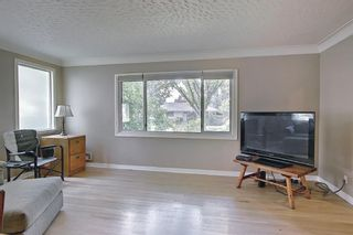 Photo 4: 420 Thornhill Place NW in Calgary: Thorncliffe Detached for sale : MLS®# A1146639