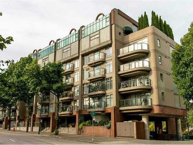 Main Photo: # 424 1515 W 2ND AV in Vancouver: False Creek Condo for sale (Vancouver West)  : MLS®# V1075149